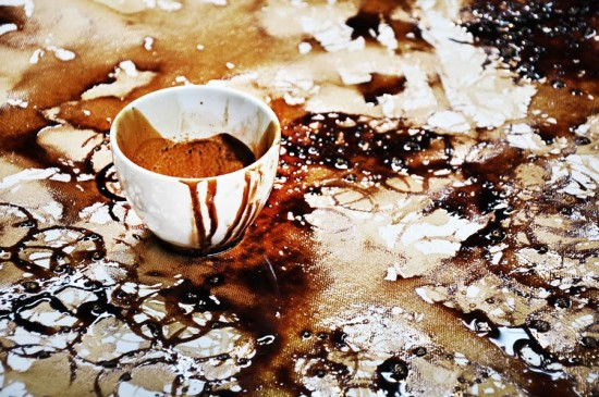 artworks-with-coffee-cups7-550x365
