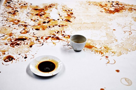 artworks-with-coffee-cups8-550x365