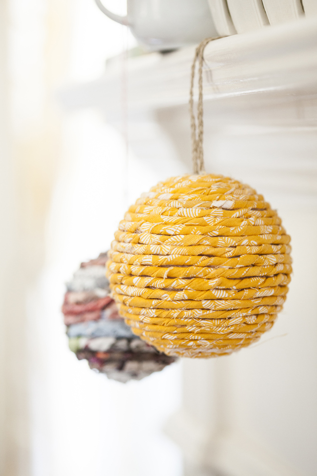 diy-boule-noel-ornement-papier