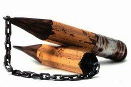 un-artiste-sculpte-des-mines-de-crayons-pour-des-oeuvres-dune-precision-chirurgicale10