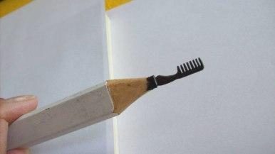 un-artiste-sculpte-des-mines-de-crayons-pour-des-oeuvres-dune-precision-chirurgicale20