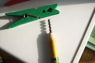 un-artiste-sculpte-des-mines-de-crayons-pour-des-oeuvres-dune-precision-chirurgicale21