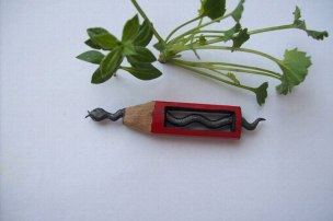 un-artiste-sculpte-des-mines-de-crayons-pour-des-oeuvres-dune-precision-chirurgicale26