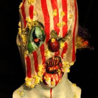 Tu veux un ballon? [ Scary Clowns Gallery ]